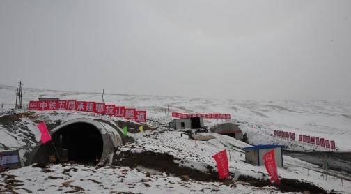 冻土隧道湿喷支护
